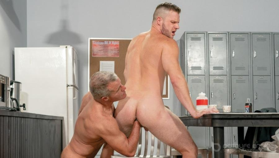 Brian Bonds, Dale Savage - ASS049-The Boss' Right Hand, Scene 01 [FullHD 1080p/FistingCentral/2019]